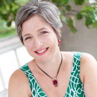 Julie Artz